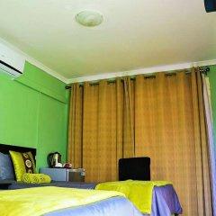 Отель Berry Bliss Guest House Габороне комната для гостей