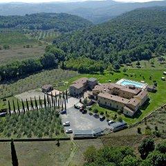 Отель Casolare Le Terre Rosse Италия, Сан-Джиминьяно - 1 отзыв об отеле, цены и фото номеров - забронировать отель Casolare Le Terre Rosse онлайн парковка