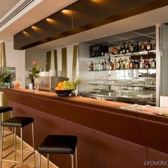 Отель Eurostars Embassy Вена гостиничный бар