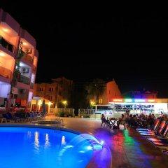 Rosy Hotel бассейн фото 4