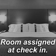 Holiday Inn Express Hotel & Suites Columbus - Easton Колумбус комната для гостей фото 4