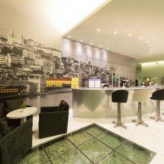 Отель TRYP Lisboa Aeroporto гостиничный бар