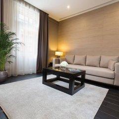Отель Dominic & Smart Luxury Suites Republic Square комната для гостей