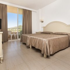 Hotel Garbi Cala Millor комната для гостей фото 5