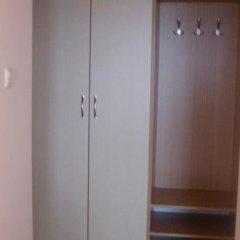 Отель Guest House Val and Kate Свети Влас сейф в номере