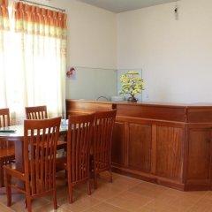 Отель Co Lien Homestay Dalat Далат в номере