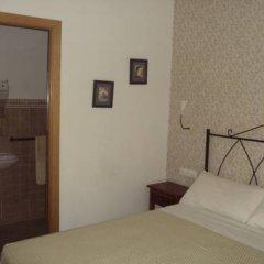 Отель Hostal Fenix Испания, Херес-де-ла-Фронтера - отзывы, цены и фото номеров - забронировать отель Hostal Fenix онлайн комната для гостей фото 2