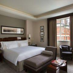 The Beaumont Hotel комната для гостей