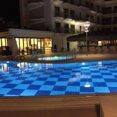 Paşa Garden Beach Hotel Турция, Мармарис - отзывы, цены и фото номеров - забронировать отель Paşa Garden Beach Hotel онлайн бассейн фото 2