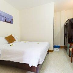 Отель Hoa Thu Homestay Хойан комната для гостей фото 4