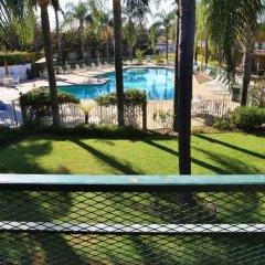 Отель Valley Inn США, Лос-Анджелес - отзывы, цены и фото номеров - забронировать отель Valley Inn онлайн балкон