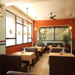 Отель Ashoka Непал, Катманду - отзывы, цены и фото номеров - забронировать отель Ashoka онлайн питание