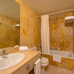 Отель Iberostar Ciudad Blanca Alcudia ванная фото 2