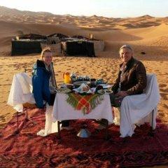 Отель Merzouga Camp Марокко, Мерзуга - отзывы, цены и фото номеров - забронировать отель Merzouga Camp онлайн помещение для мероприятий фото 2