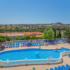Отель Holiday Centre Apartments Испания, Санта-Понса - отзывы, цены и фото номеров - забронировать отель Holiday Centre Apartments онлайн бассейн