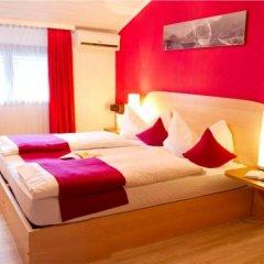 Schlosshof Charme Resort – Hotel & Camping Лана комната для гостей фото 2