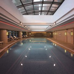 Отель Swissotel Grand Shanghai бассейн