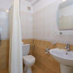 Отель Family Hotel Milev Болгария, Свети Влас - отзывы, цены и фото номеров - забронировать отель Family Hotel Milev онлайн ванная фото 2