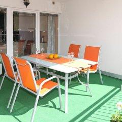 Отель Sunny Apartments - Schoenbrunn Австрия, Вена - отзывы, цены и фото номеров - забронировать отель Sunny Apartments - Schoenbrunn онлайн балкон