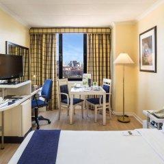 Отель Holiday Inn Lisbon Португалия, Лиссабон - 1 отзыв об отеле, цены и фото номеров - забронировать отель Holiday Inn Lisbon онлайн комната для гостей фото 3