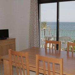 Отель Apartamentos Zodiac Испания, Льорет-де-Мар - отзывы, цены и фото номеров - забронировать отель Apartamentos Zodiac онлайн комната для гостей фото 3