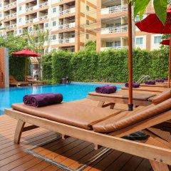 Отель Golden Sea Pattaya Hotel Таиланд, Паттайя - 10 отзывов об отеле, цены и фото номеров - забронировать отель Golden Sea Pattaya Hotel онлайн бассейн