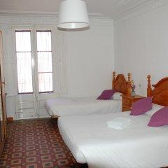 Отель Pension Francia Барселона комната для гостей