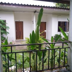Отель OYO 282 Baan Nat Таиланд, Пхукет - отзывы, цены и фото номеров - забронировать отель OYO 282 Baan Nat онлайн балкон