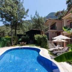 Alya Villa Hotel бассейн