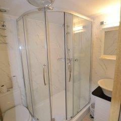 Отель Cranbrook Hotel Великобритания, Илфорд - отзывы, цены и фото номеров - забронировать отель Cranbrook Hotel онлайн ванная фото 2