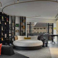Отель W Amsterdam развлечения