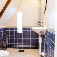Отель ApartDirect Skeppsbron Стокгольм ванная