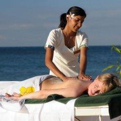 Отель Treasure Island Resort фитнесс-зал фото 2