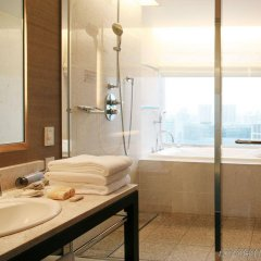 Отель The Strings By Intercontinental Tokyo Токио ванная