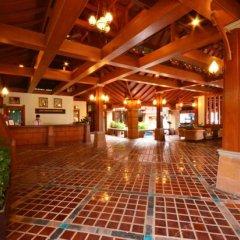 Отель Phuket Orchid Resort and Spa интерьер отеля фото 3