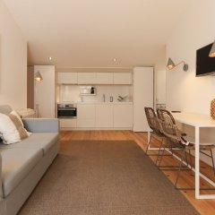 Отель Combro Suites by Homing комната для гостей фото 5