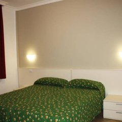 Отель Camping Villaggio Isolino Италия, Вербания - отзывы, цены и фото номеров - забронировать отель Camping Villaggio Isolino онлайн комната для гостей