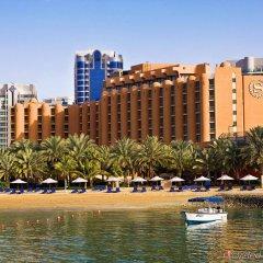 Sheraton Abu Dhabi Hotel & Resort пляж