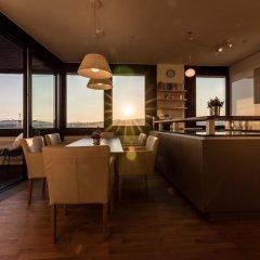 Отель Skyflats Vienna Австрия, Вена - отзывы, цены и фото номеров - забронировать отель Skyflats Vienna онлайн гостиничный бар