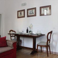 Отель Art Apartment Santa Maria Novella Италия, Флоренция - отзывы, цены и фото номеров - забронировать отель Art Apartment Santa Maria Novella онлайн комната для гостей фото 4