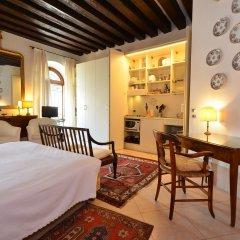 Отель Pauline Италия, Венеция - отзывы, цены и фото номеров - забронировать отель Pauline онлайн комната для гостей фото 4