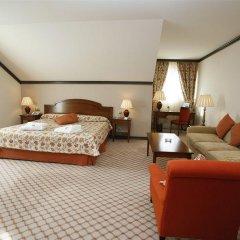 Отель Apartamentos Puente Viesgo Испания, Пуэнте-Вьесго - отзывы, цены и фото номеров - забронировать отель Apartamentos Puente Viesgo онлайн комната для гостей