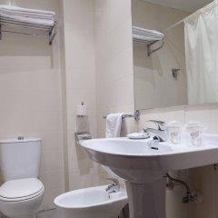 Отель Cityexpress Covadonga Испания, Овьедо - отзывы, цены и фото номеров - забронировать отель Cityexpress Covadonga онлайн ванная