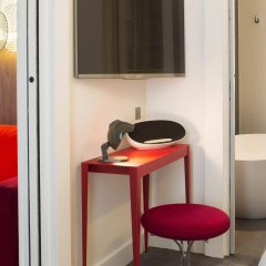 Отель Hôtel Dupond-Smith удобства в номере