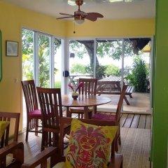 Отель Linareva Moorea Beach Resort питание фото 3
