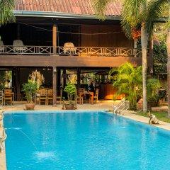 Отель Iyara B.R Resort Koh Chang бассейн