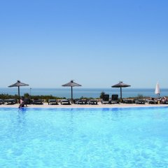 Отель Garbi Costa Luz бассейн