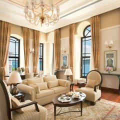 Four Seasons Hotel Istanbul at the Bosphorus интерьер отеля