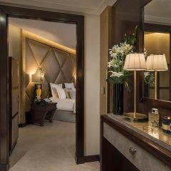 Отель Hôtel Barrière Le Fouquet's Франция, Париж - 1 отзыв об отеле, цены и фото номеров - забронировать отель Hôtel Barrière Le Fouquet's онлайн комната для гостей фото 4