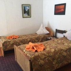 Отель Turkestan Yurt Camp Кыргызстан, Каракол - отзывы, цены и фото номеров - забронировать отель Turkestan Yurt Camp онлайн комната для гостей фото 2